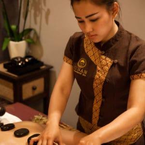 Sunan Hotstone Massage